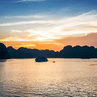 Hanoi & Halong Highlights