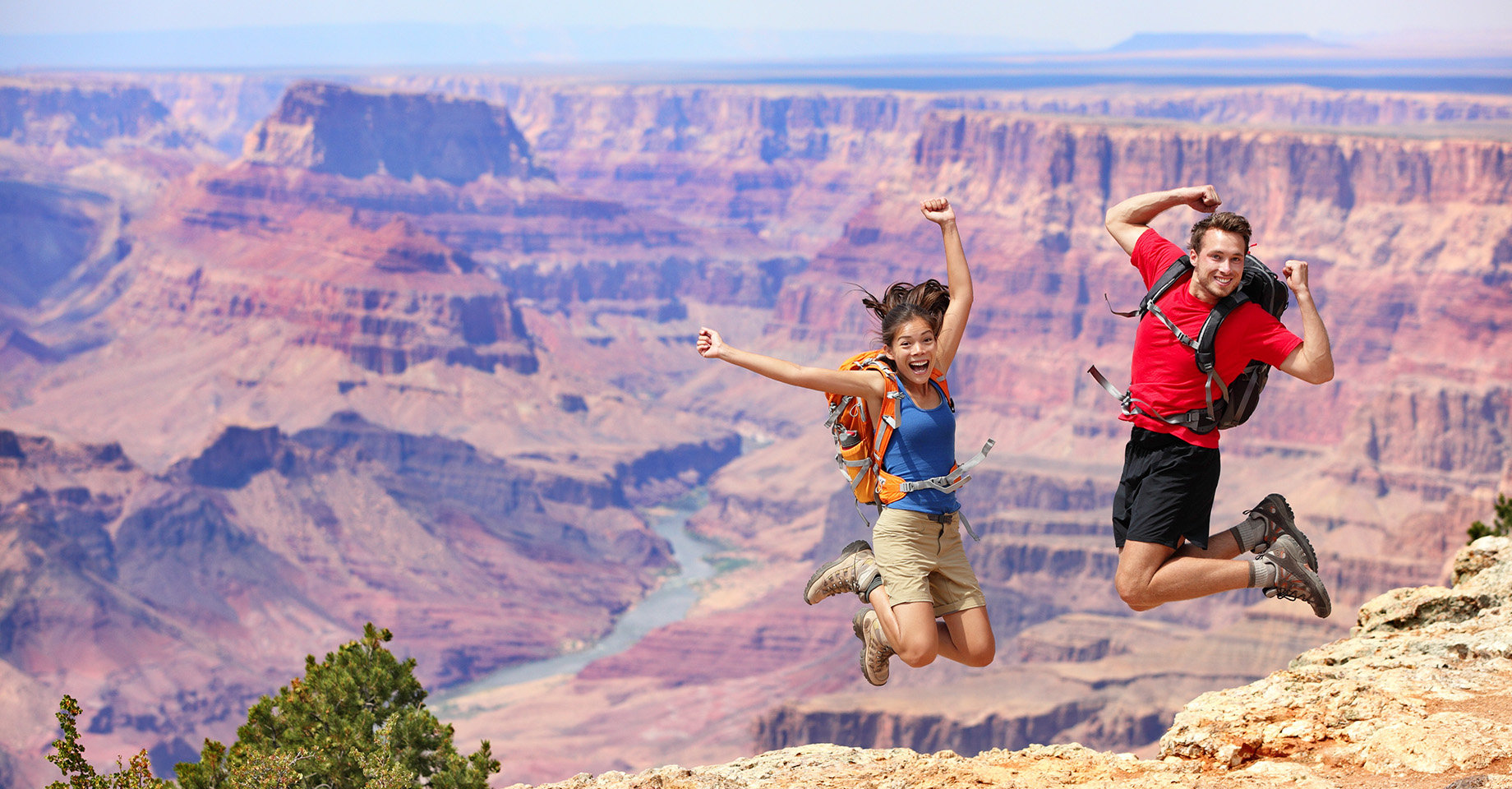 Arizona, Grand Canyon, Couple Jumping