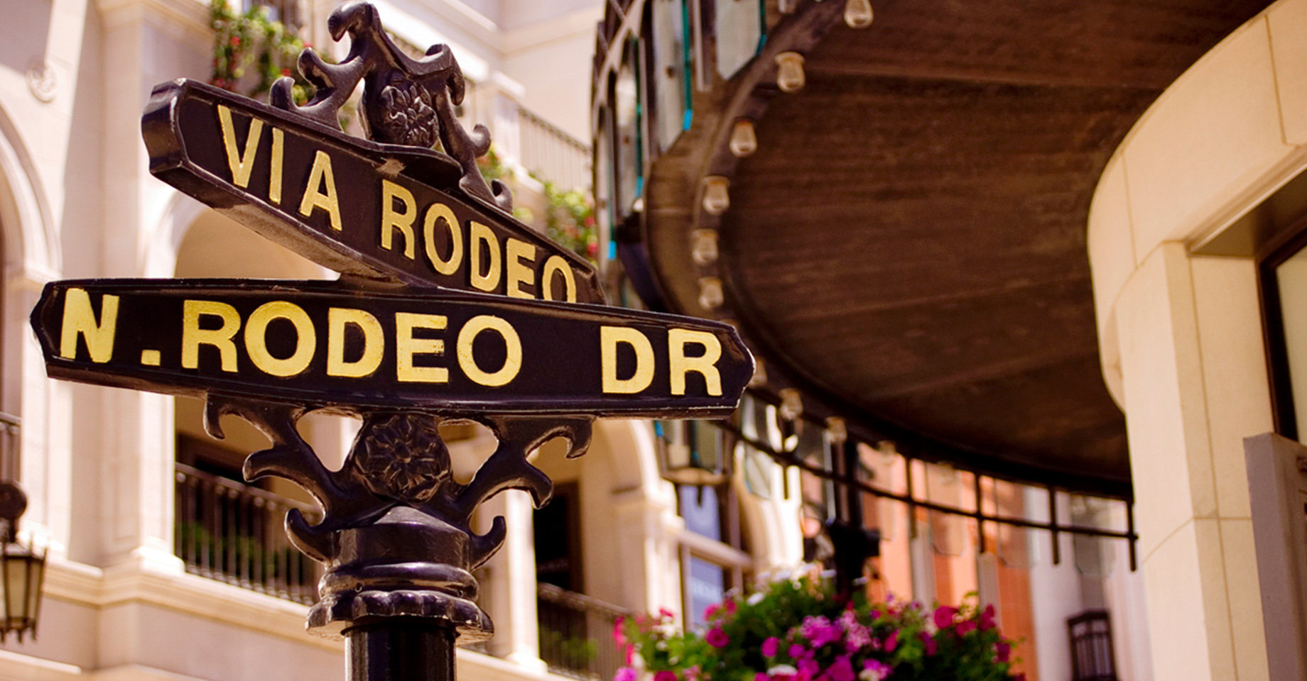 LAX Rodeo Drive Sign