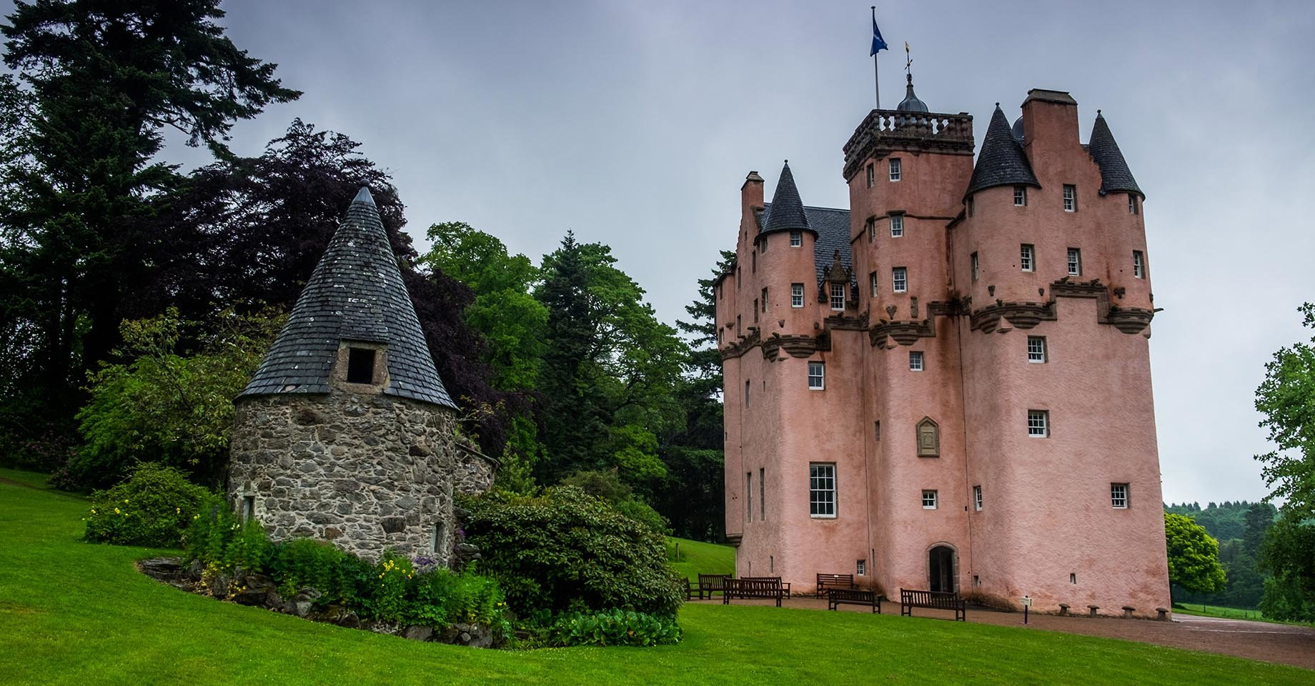 Craigievar Castle, one of the best-preserved hotel in Scotland